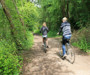 Cycling along country trails - photography by Lynda Grisby