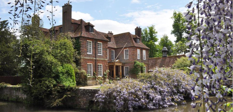 Explore our country stately homes and gardens
