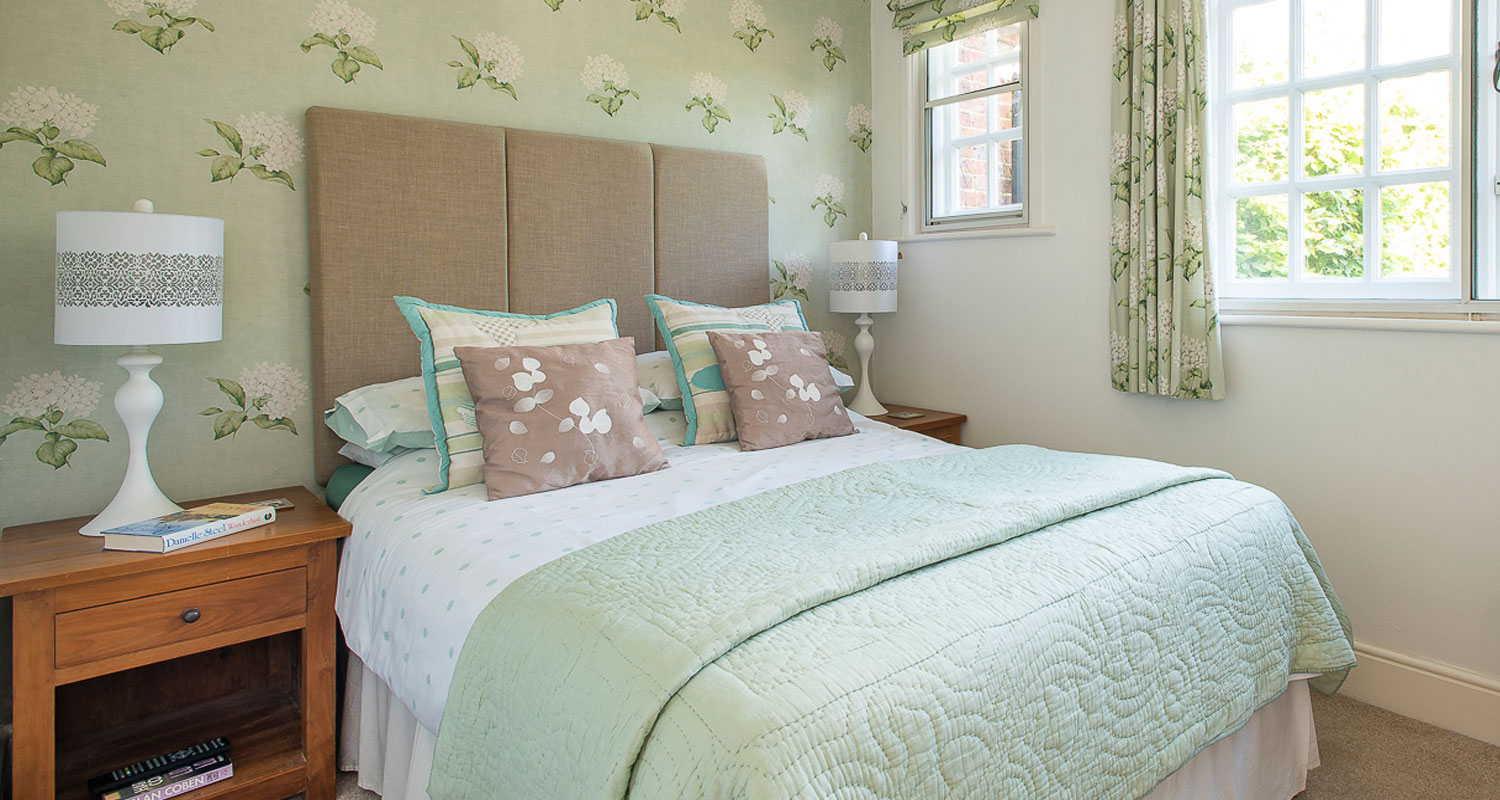 Rolvenden Bed and Breakfast at Maytham Cottage, Cranbrook