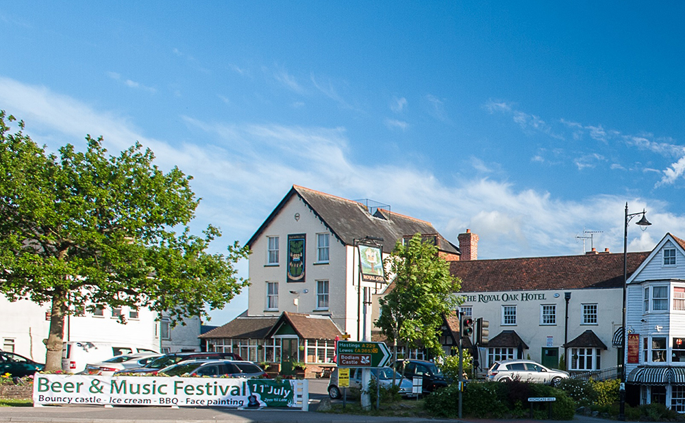 Royal Oak Hawkhurst, pub and rooms, Tunbridge Wells