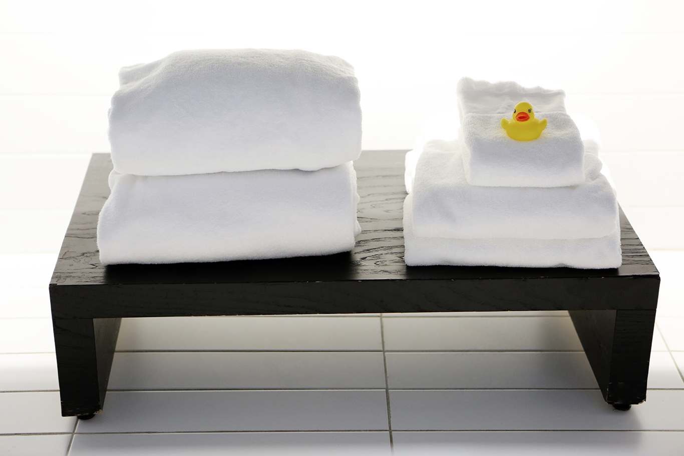Life-of-Pix-free-stock-photos-towel-duck-by_leeroy