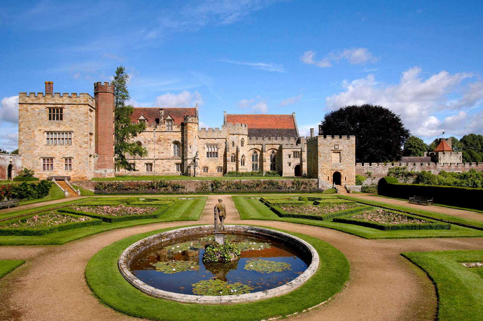 South Lawn at Penshurst Place (c) Peter Smith Jigsaw