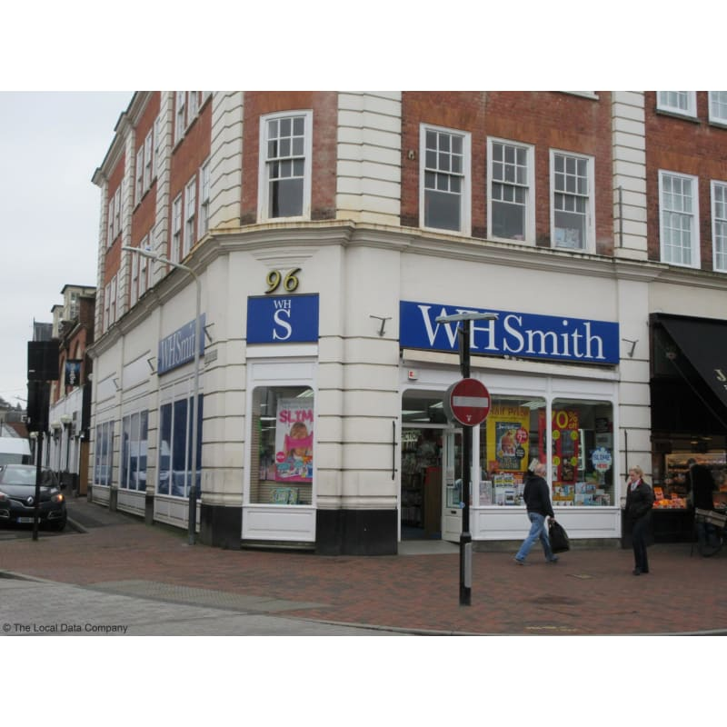 Image of WHSmith front of store