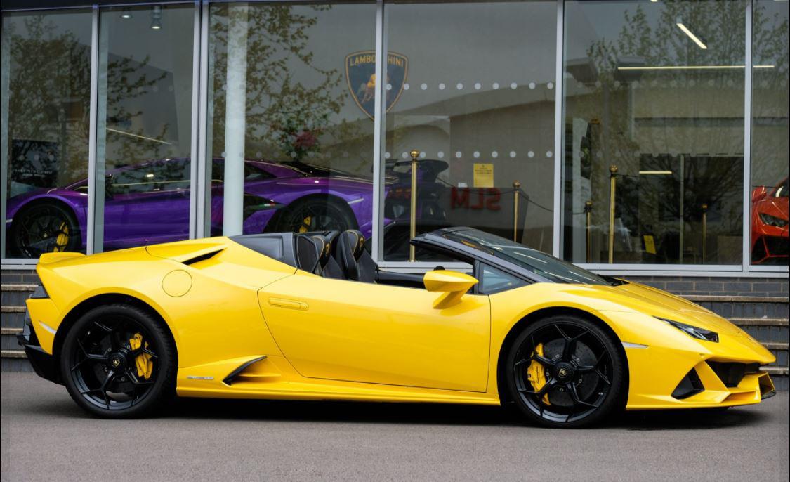 Lamborghini - Grange dealership, Tunbridge Wells