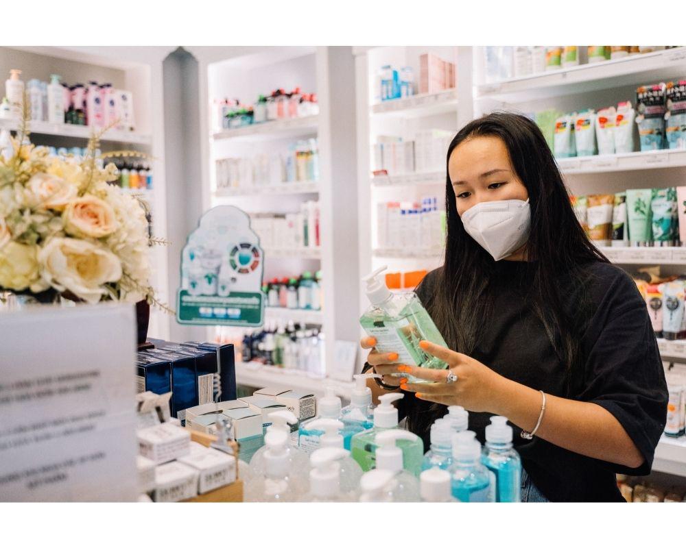 Generic_chemist_pharmacy_Pexels_free_anna_tarazevich